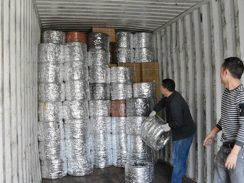 Glued Goods Shipped Out to the United States