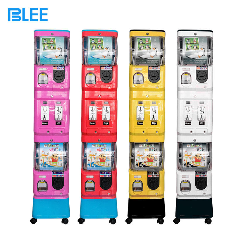 2019 Coin operated mini vending game machine hot sale toy capsule vending machine